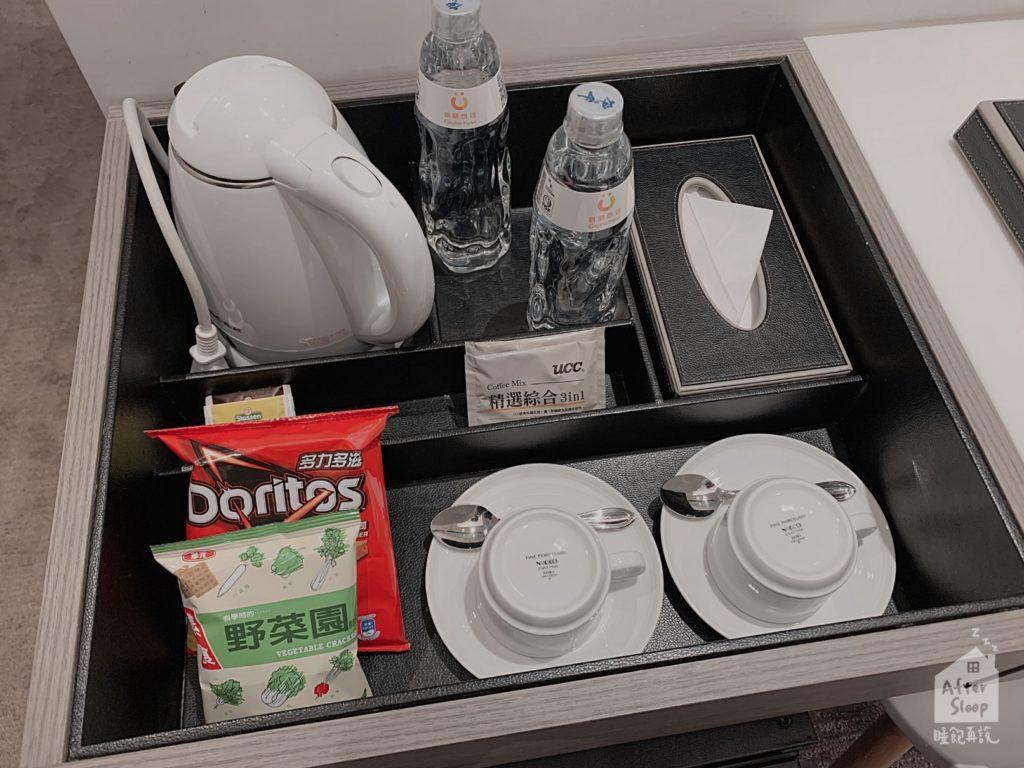 台北 新驛旅店 房間內備品
