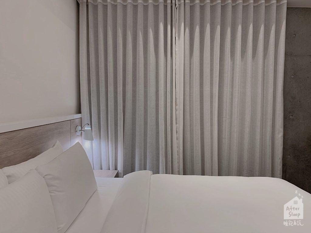 台北 新驛旅店 窗簾