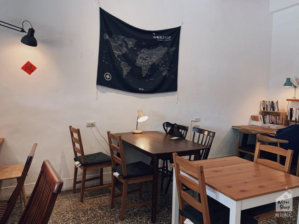 雲林崙背 鴻咖啡 桌椅